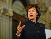 O nouă scurgere masivă de date pune reflectoarele pe fostul comisar european al concurenţei Neelie Kroes – a omis să declare că a fost director al unei firme offshore în timpul mandatului de comisar