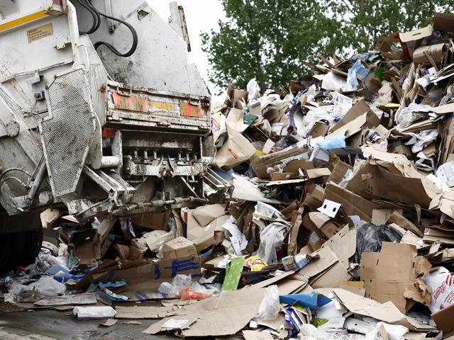 Cristian Lazăr, Rom Waste Solutions: Bucureştenii plătesc un euro pe lună la colectarea deşeurilor, în alte ţări plăteşti şi 20 de euro dacă dai deşeuri amestecate