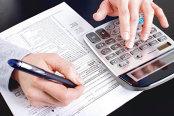 Contribuabilii care câştigă şi alte venituri decât salariile, aşteptaţi să le declare la Fisc până pe 25 mai