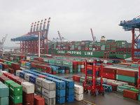 Comerţul mondial accelerează în pofida măsurilor protecţioniste