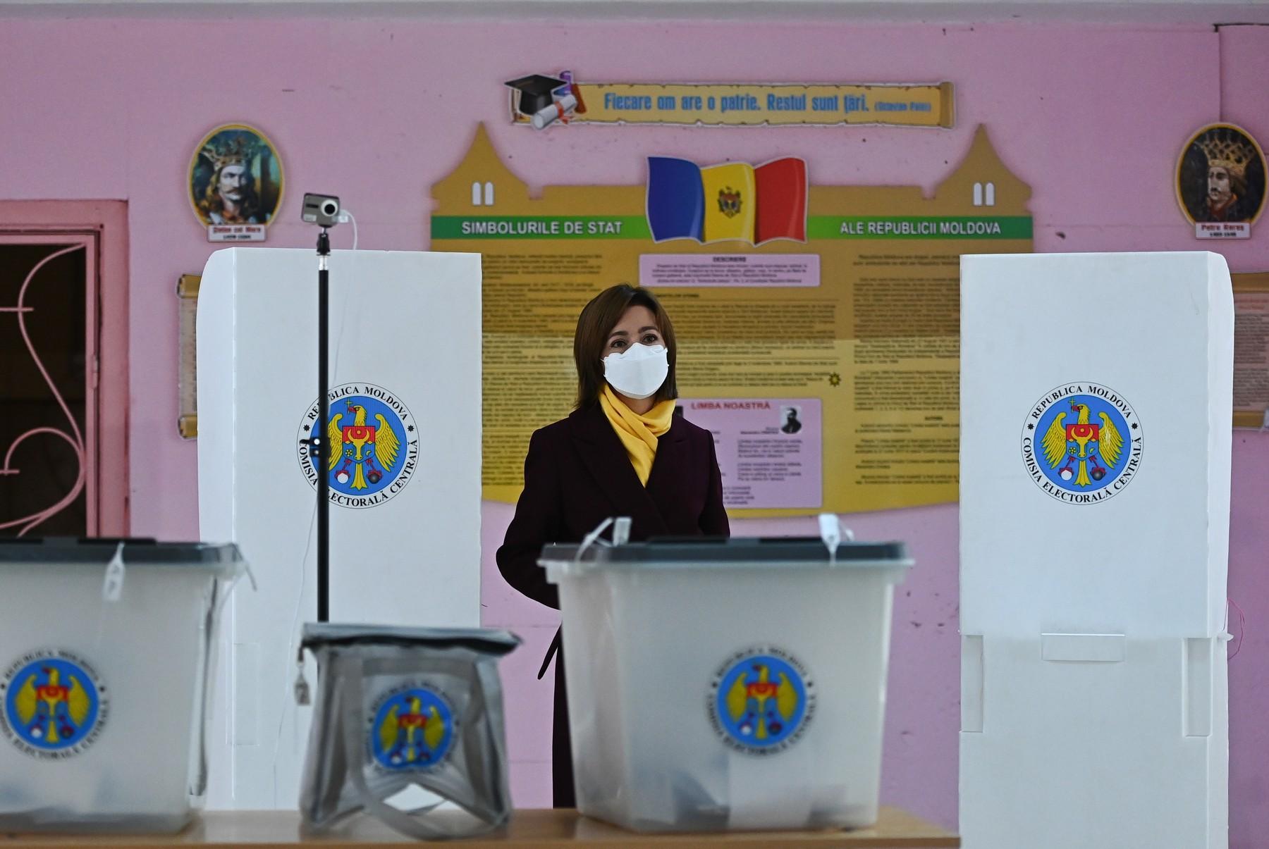 Cauta i om pentru asisten a financiara femei căsătorite din Constanța care cauta barbati din Iași