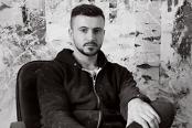 Adrian Ghenie, unul dintre cei mai valoroşi artişti români, stabileşte un nou record. Un tablou al său vândut de Sotheby's la aproape 4 mil. euro. Care este povestea lui