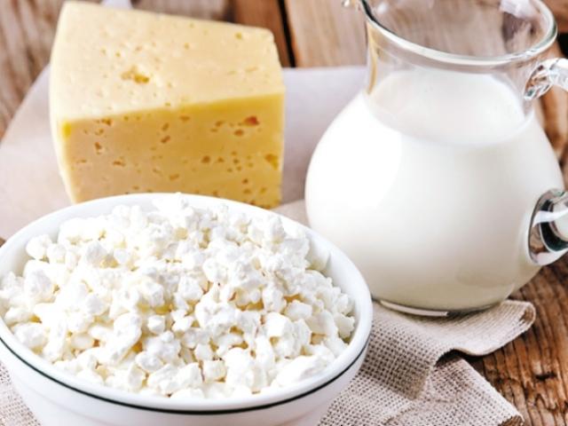 Top zece producători de lactate: Albalact urcă pe locul doi