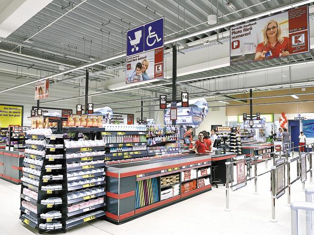 """""""Mirajul Capitalei"""": Kaufland este primul lanţ de hipermarketuri care ajunge la zece(...)"""