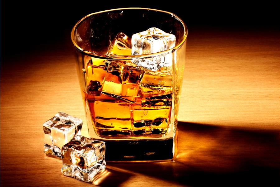 Importatorul whisky-ului Jack Daniel's a avut afaceri mai mari cu 9% în S1