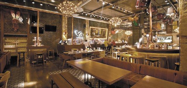 Cele Mai Mari Baruri Cluburi şi Cafenele Din Bucureşti Au