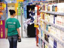 Carrefour majorează salariile angajaţilor cu peste 16%
