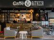 O familie care face 10 mil. euro din agricultură a deschis primele două cafenele Caffé Ritazza în mallurile Anchor