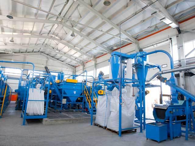 Producătorul de ambalaje Romcarbon Buzău vede o creştere de 19% a afacerilor