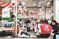 Auchan: Situaţia de pe piaţa muncii este la fel de dificilă ca în 2007. Ne luptăm cu fabricile şi cu angajatorii de afară