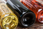 Producţia de vin va fi cu 11% mai mare în 2016, iar vinul mai bun