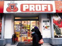 Patru fonduri de investiţii au ajuns în runda a doua în cursa pentru preluarea supermarketurilor Profi