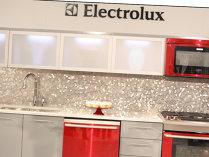Vânzările Electrolux au crescut cu 22%, dar sunt încă la jumătate faţă de maximul din anii de boom