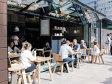 Un start-up pe zi. După zece ani în sistemul bancar, o tânără a investit 100.000 de euro într-o cafenea