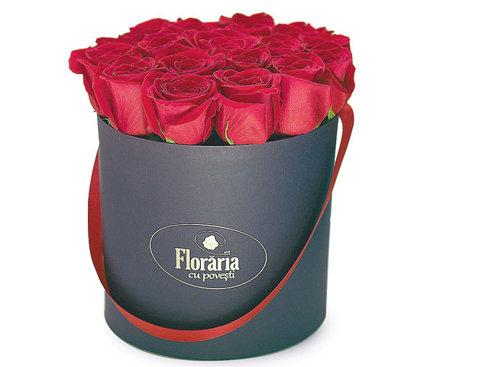 Un start-up pe zi: Doi antreprenori au ajuns la 235.000 de euro din vânzarea online de flori şi cadouri