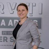 Directorul de HR al grupului City Grill: Acum câţiva ani românii căutau un loc de muncă stabil. Acum aleargă angajatorii după oameni