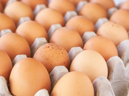 """Sorin Mierlea, preşedintele InfoCons: """"ANSVSA trece sub preş scandalul ouălor contaminate cu insecticid. Ar trebui să verifice ouăle de la raft"""""""