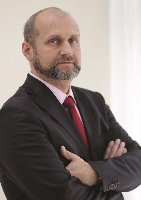 Afacerile producătorului român Farmec au crescut cu 9% în primul semestru, susţinute de reţeaua de magazine şi online