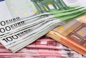 Un miliard de euro, adus de acţionari în firmele cu capital străin în primele opt luni din acest an
