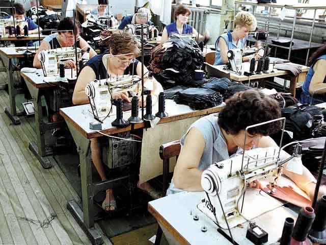 Producătorul de textile Alison Hayes anunţă primele pierderi în anul dinaintea închiderii fabricii din Urziceni