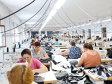 Hainele şi pantofii contribuie cu mai puţin de 9% în totalul exporturilor după ce în anii '90 erau vioara întâi