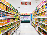 România are doar 265 mp de comerţ alimentar la mia de locuitori, de două ori mai puţin decât Germania