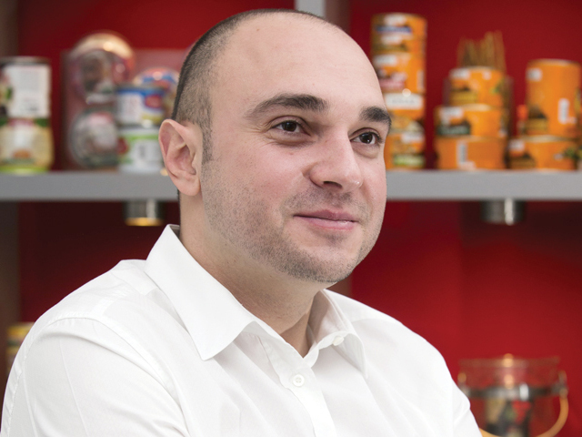 Producătorul de conserve Scandia: Nu vindem afacerea. Am cumpărat o fabrică în Spania şi analizăm alte achiziţii