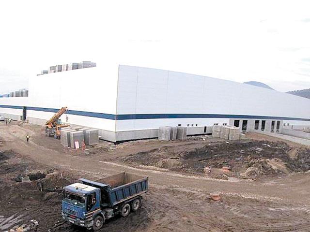 Compania Minet din Râmnicu Vâlcea ridică o fabrică nouă de textile neţesute, o investiţie de 40 de milioane