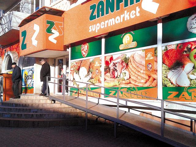 Ultimii mohicani ai comerţului alimentar din România: cei mai puternici zece independenţi au afaceri cumulate de 1,4 miliarde