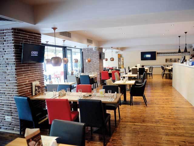 Grecii care deţin restaurantul Osho vor să ducă burgerul Oro Toro în marile oraşe prin francize