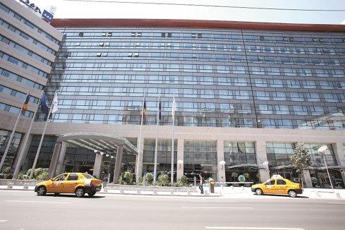 Complexul hotelier Radisson Blu din Capitală caută să angajeze cameriste, barmani, ospătari şi recepţioneri