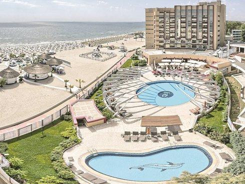 Hotelul Vega din Mamaia, clasificat la cinci stele, face afaceri de 17 mil. lei. O cameră dublă costă 1.500 de lei/noapte