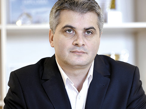 Şeful agenţiei Aerotravel: Grecia a rămas destinaţia  de vacanţă preferată de români, numărul de turişti a crescut cu 15% pe chartere