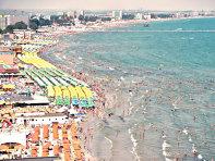 Minivacanţa de 1 Mai aduce primul val de turişti la mare. Un hotelier din Mamaia: Avem grad de ocupare de 100%