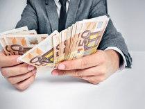 Creditul neguvernamental s-a majorat în iulie, pe fondul creşterii componentei în lei