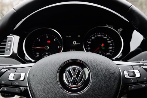 Porsche România cheamă în service peste 2.400 de maşini Volkswagen