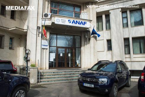 Inspectorii Antifraudă, amenzi şi confiscări de peste două milioane de lei în angrouri, în octombrie