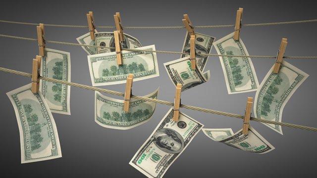 Despre capsunari si cum folosesc ei banii castigati in strainatate