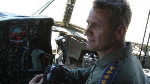 General, fost şef al SMG: O linie tehnologică valabilă nu se dezvoltă doar pentru patru corvete