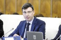 Furtună fiscală. Ministrul de Finanţe: Vom da o lege prin care salariile să nu scadă odată cu trecerea contribuţiilor sociale în sarcina angajaţilor