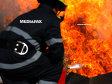 Incendiu la mansarda unei case din centrul Bucureştiului, doi oameni au nevoie de îngrijiri