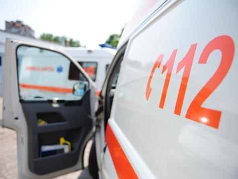 BREAKING NEWS! TRAGEDIE de proporţii în această dimineaţă. Un român a intrat cu maşina într-un grup de oameni. Bilanţul până la această oră