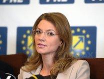 Alina Gorghiu: Predicţia mea este că domnul Dragnea nu prinde finalul de an la şefia PSD