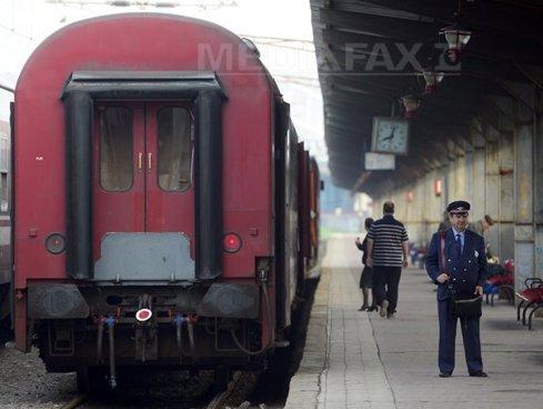 Viteza unor trenuri, redusă duminică din cauza caniculei
