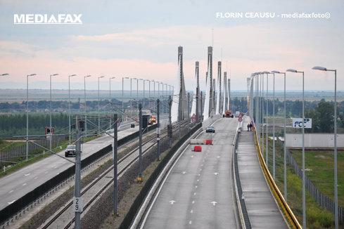 Podul Calafat-Vidin va fi închis miercuri şi luni, câte două ore, pentru lucrări
