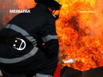 Incendiu puternic de litieră în Mehedinţi; pompierii care acţionau Parcul Domogled, redirecţionaţi