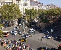 MAE: Doi români au fost răniţi în atentatul din Barcelona