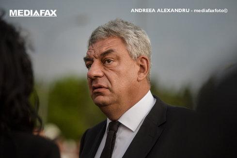 Premierul Mihai Tudose, în control la noul sediu al Serviciului de Paşapoarte din Plaza România
