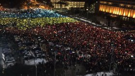 Protestul din Bucureşti, la final. Protestatarii încep să plece