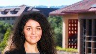 Preşedintele Google şi fondatorul Nike i-au acordat unei românce o bursă în cel mai prestigios program educaţional de business de la Stanford